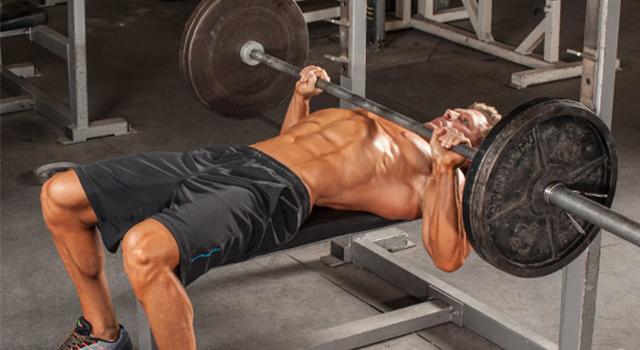 3-tips-untuk-memperbaiki-dan-memperkuat-bench-press